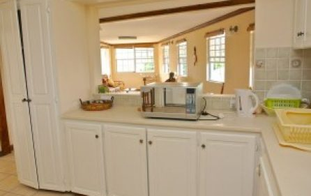 kitchencouter2dining-300×201