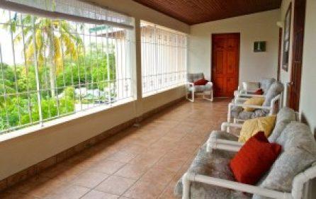 oceanpatio-fromstairs-cornerchr-300×201